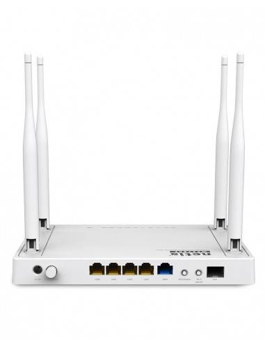 Gigabit router with fiber optic port