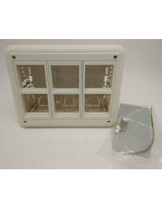 Flush wall mount box for 6 modules 45x45 mm